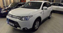 Mitsubishi Outlander PHEV Seven Summit Edition -2015