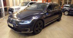 Volkswagen Passat GTE Executive active info -2017