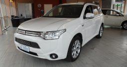 Mitsubishi Outlander PHEV Business -2014