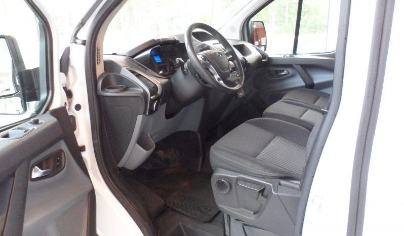 Ford Transit Custom L2H2 2015 – Kylbil- Ålandssåld – Momsbil! full