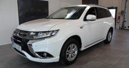 Mitsubishi Outlander PHEV -2018 Laddhybrid